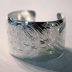 Silver 1.25 inch Native Raven with Sun Bracelet by William Cook